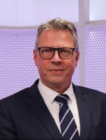 prof. dr. R. H. N. van Schaik PhD