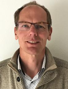 dr.  H.J.  Schelhaas  MD, PhD